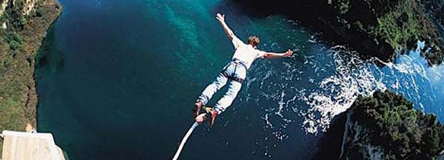 bungee jumping 0404