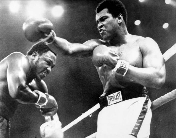 "Sport Boxing. Manila, Philippines. pic: 1st October 1975. World Heavyweight Championship. The ""Thrilla in Manila"". Seventh Round. Heavyweight Champion Muhammad Ali, right who beat challenger Joe Frazier on a TKO. in the 14th round."
